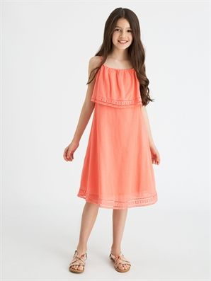 Dantel Detayli Sile Bezi Elbise Lc Waikiki Elbise Yazlik Kiyafetler Elbise Modelleri