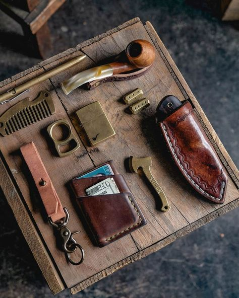 It's a beautiful day. (at Craft and. - Craft and Lore Edc Wallet, Edc Bag, Mountain Man Style, Edc Gadgets, Vintage Gentleman, Pipes And Cigars, Survival Supplies, Edc Everyday Carry, Survival Mode