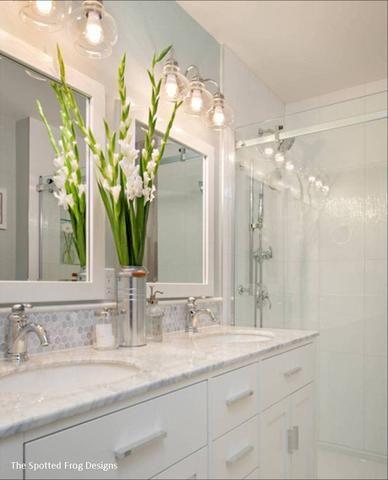 Yorktown Vanity In 2019 Traditional Bathroom
