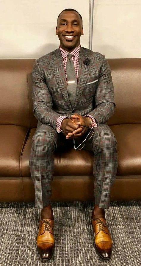 corporate outfit for men - Men Suits Stylish Mens Fashion, Mens Fashion Suits, Dapper Gentleman, Gentleman Style, Mode Masculine, Corporate Outfits, Designer Suits For Men, Look Man, Suit And Tie