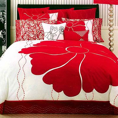 Pin By Five Star Painting On Rosy Reds In 2019 Red Bedding Bedroom Black Design