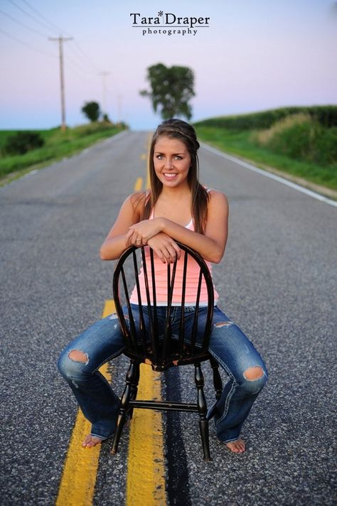 Be Inspired: Senior Portraits. Want to do this when I graduate college since I didn't when I graduate high school.