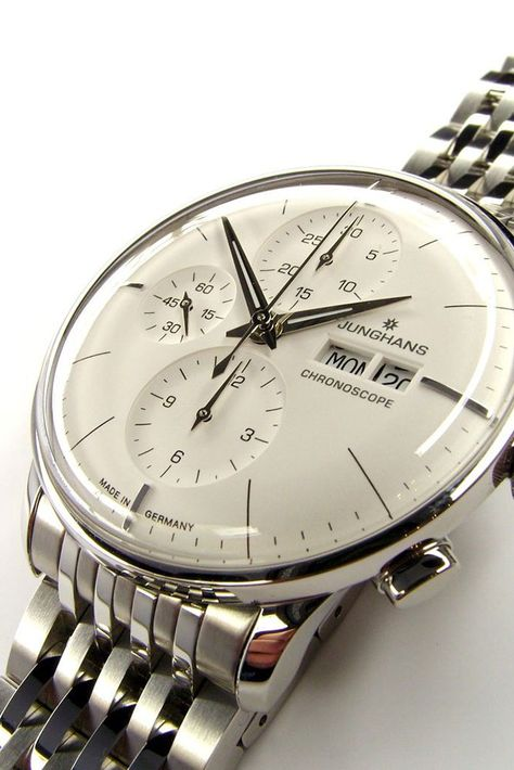 Watches Ideas Junghans Discovred by : Todd Snyder Elegant Watches, Stylish Watches, Beautiful Watches, Cool Watches, Rolex Watches, Best Watches For Men, Luxury Watches For Men, Omega Seamaster, Junghans