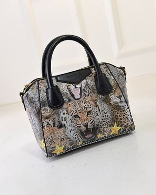 Please contact  www.aliexpress.com store 536566   Givenchy   Store, Givenchy 0998622e2e6