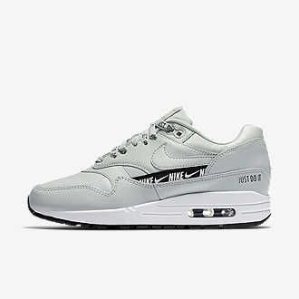 bas prix 6f369 5074f Chaussure Nike Air Max 270 pour Femme in 2019 | ACTUAL ...