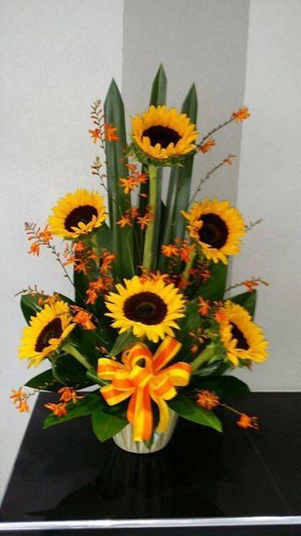 20 Beautiful Sunflower Arrangement Decor Ideas For Fall Sunflower Arrangements Flower Arrangements Flower Arrangement Designs