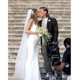 Anniversario Matrimonio Totti.Matrimonio Bis Per Francesco Totti E Ilary Blasi Matrimonio