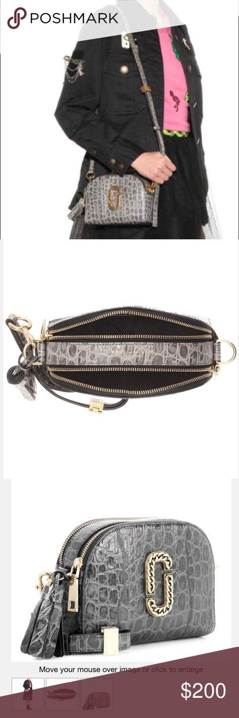 4fd7da82cd Marc Jacobs Embossed Snapshot bag 🌹new