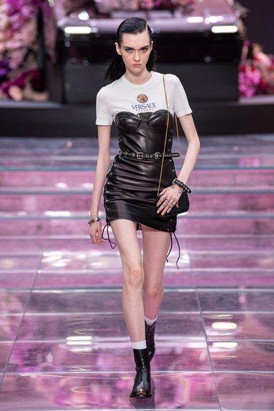 Versace Spring 2020 Menswear Fashion Show - Versace Spring 2020 Menswear Collection – Vogue -