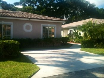$1,300 for a 3/2 Villa in Lakeshore, gated community in Hypoluxo, Florida which sits on the intercoastal and minutes from the beach.