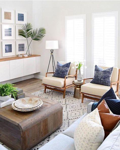 #repost @audreycrispinteriors #welovenew Nous adorons ce salon  son design exceptionnel et sa luminosité naturelle. #livingroomdecor #livingrooms #livingroominspo #livingroomideas #livingroomdesign #sittingroom #modernhome #homeideas
