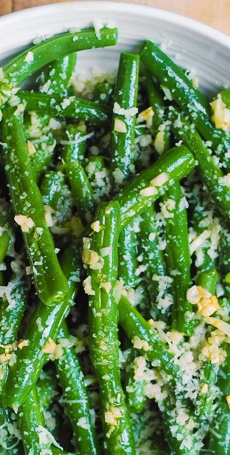 Holidays: Garlic Green Beans with Parmesan Cheese