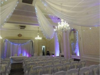 Wedding Chair Cover Hire Brighton Breakfast Nook Tables And Chairs Another Decorating Company Most Of The Gallery Is Pretty Cutesy Covers