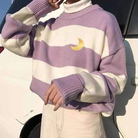STRIPED MOON SWEATER One Size-Lavender
