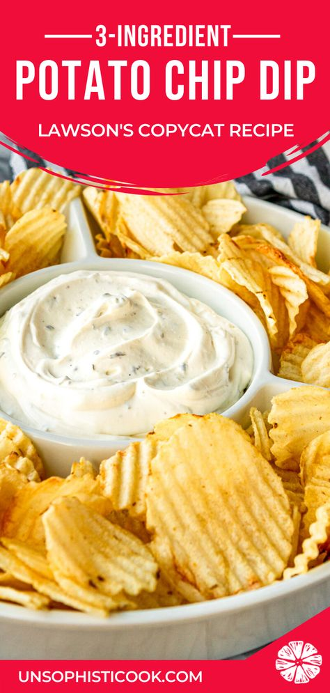 Potato Chip Dip Recipe -- If you're a chips and dip junkie, you're going to LOVE this out-of-this-world easy chip dip. AND it doubles as a delicious veggie dip! Cream Cheese Chip Dip, Sour Cream Chip Dip, Chip Dip Recipes, Cheese Dip Recipes, Veggie Dip Recipes, Dip For Potato Chips, Potato Chip Dips, Best Potato Chip Dip Recipe, Homemade Chip Dip