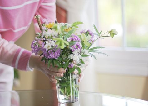 10 Hacks To Keep Your Flowers Fresh Beautiful Ehow Com In 2020 Beautiful Bouquet Of Flowers Flowers Flowers Bouquet