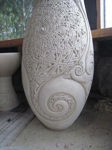 Anagama Pottery de Gyan Daniel Wall beautiful curls