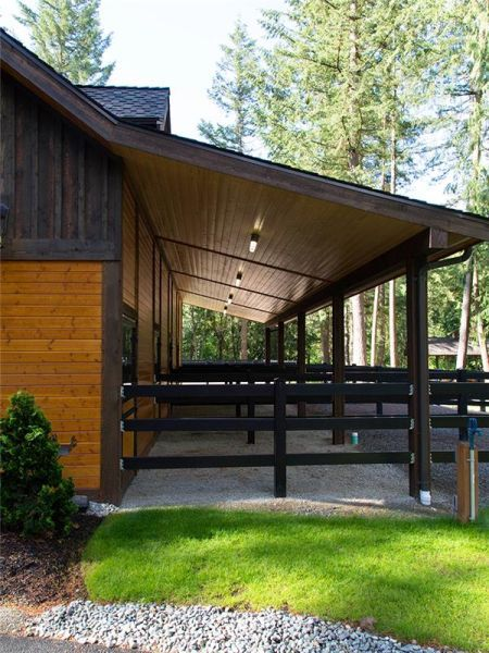 The Olympic barn keeps all the best design features of the Denali barn without the engineered apartment package. Dream Stables, Dream Barn, Horse Stables, Horse Farms, House With Stables, Horse Tack Rooms, Small Horse Barns, Horse Barn Designs, Barn Stalls