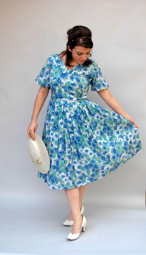 7a4fcc3d92f Vintage 1950s Dress - Blue Belle - Fifties Plus Size Housewife Sun Dress.   65.00