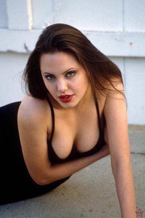 Angelina jolie hot boob