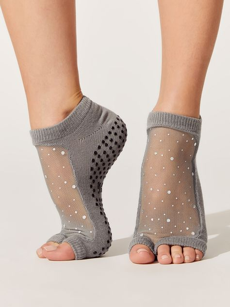 Business Ideas Discover Star Open Toe Leg Warmers Socks in Charcoal Fashion Socks, Fashion Outfits, Womens Fashion, Yoga Fashion, Athleisure, Hunter Boots Outfit, Sexy Socks, Fashionable Snow Boots, Zumba