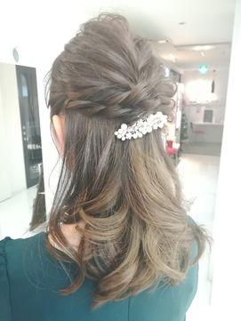 Aubehair 結婚式に ハーフアップ Aube Hair 沖浜店をご紹介 2018年