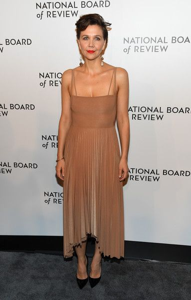 Maggie Gyllenhaal attends the 2019 National Board Of Review Gala.
