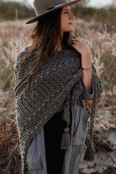 Catalina Wrap — Two of Wands Crochet triangle scarf shawl pattern free # crochet shawl pattern free wrap Catalina Wrap — Two of Wands Poncho Au Crochet, Crochet Wrap Pattern, Crochet Shawls And Wraps, Crochet Scarves, Free Crochet, Crochet Patterns, Knit Shawls, Free Knit Shawl Patterns, Cardigan Pattern