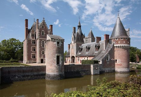 211 best Chateau images on Pinterest Castles, Chateaus and Manor