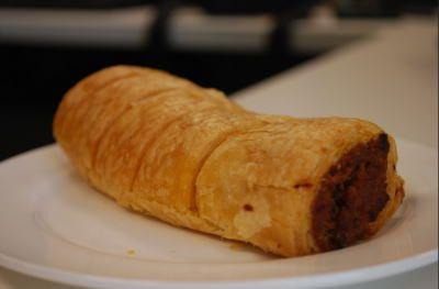 イギリスの有名な食べ物完全マスター イギリス料理の朝食 昼食 夕食をご紹介 イギリス料理 食べ物のアイデア ヨークシャープディング
