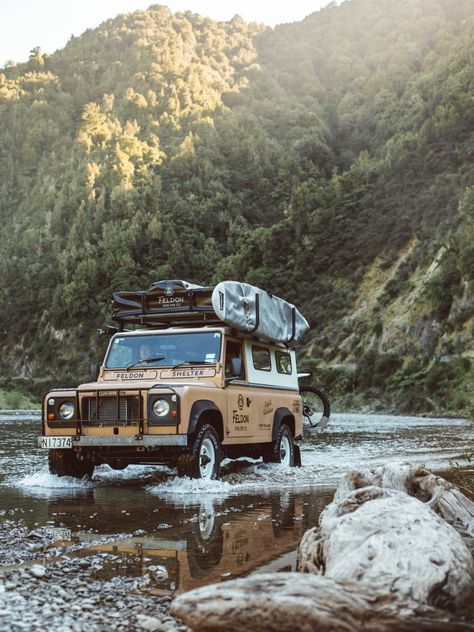 The Crow's Nest Extended Rooftop Tent by Feldon Shelter Offroad, Hors Route, Plakat Design, Land Rover Defender 110, Roof Top Tent, Future Car, My Ride, Van Life, The Great Outdoors