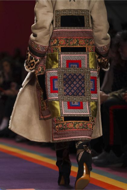 Etro Ready To Wear Fall Winter 2017 Milan #Etro #FallWinter2017 #Milan #Fashion #Details #Textile #Colors