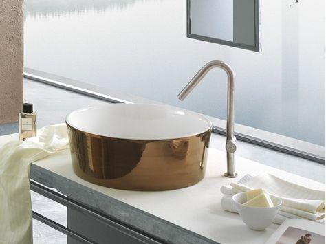 Arredo Bagni E Sanitari.Happy Hour Produzione Sanitari Di Design In Ceramica Arredo