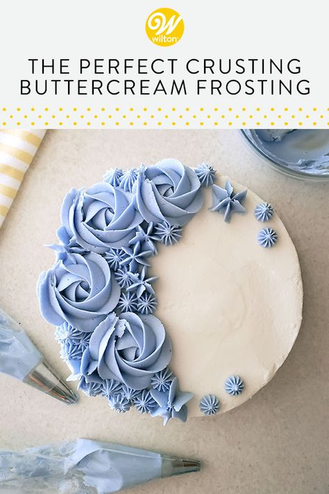 Frosting Flowers, Cupcake Frosting, Cake Icing, Cupcake Cakes, Cake Decorating Piping, Cake Decorating Videos, Cake Decorating Techniques, Best Frosting Recipe For Decorating, Decorating Ideas