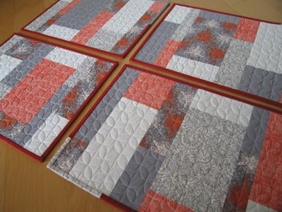 Placemats + Napkins Holiday Sew-Along | Tutorial sewing, Color ... : easy quilted placemat patterns - Adamdwight.com