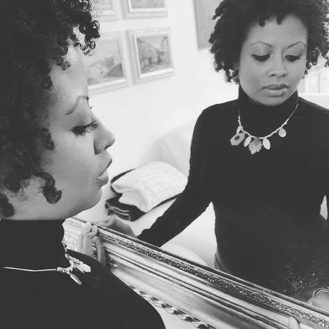 Non si è mai vista bella donna che non facesse smorfie davanti a uno specchio....   Non si è mai vista bella donna che non facesse smorfie davanti a uno specchio. (William Shakespeare) #art #blackandwhite #bnw #bnw_society #bw_lover #bw_photooftheday #bw_society #bwstyleoftheday #igersbnw #instablackandwhite #instagood #love #monoart #monochromatic #monochrome #monotone #all_shots #art #beautiful #capture #composition #exposure #focus #image #instagood #moment #photography #photooftheday #snapsh