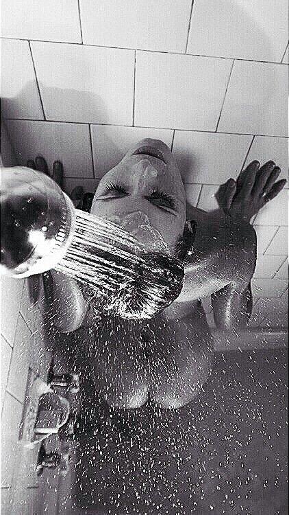 6/10/18-6/16/18 3e6c1d4279621800f70bc98808a601f0--shower-time-boudoir-photos