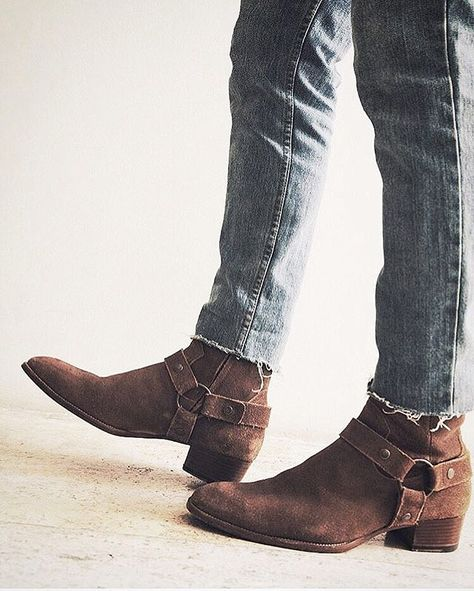 3f7a3131431 Saint Laurent boots - PREACHER STYLES
