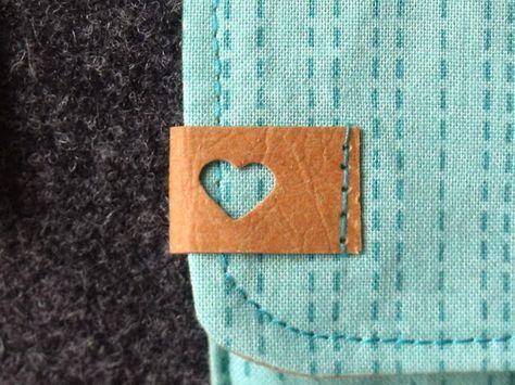 Täschchen aus Wollfilz und SnapPap mit SnapPap-Label