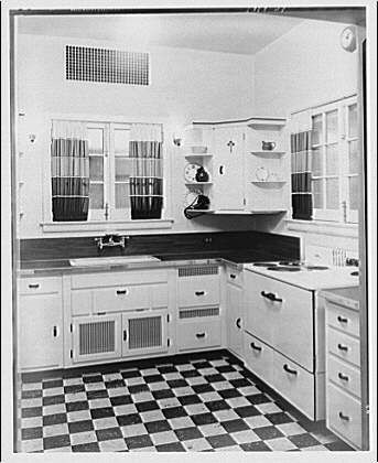 1920s/1930s kitchen from Library of Congress | 1930s kitchen, 1930s and  1920s
