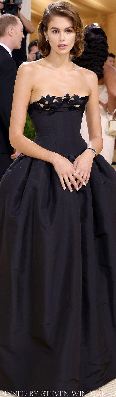 Kaia Gerber Look From The 2021 Met Gala Red Carpet #metgala2021 #metgala #kaiagerber