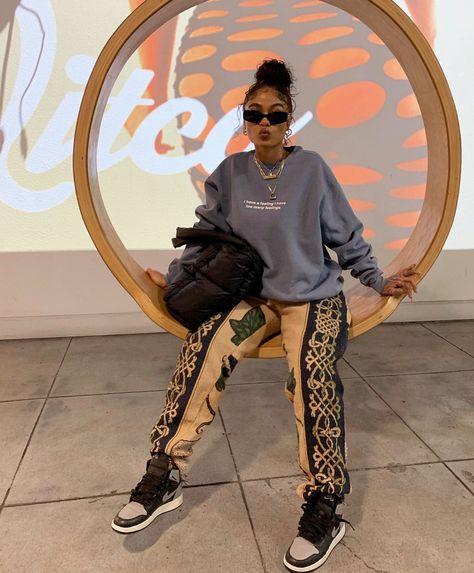 "chilombo. 💭 on Twitter: ""relatable.… "" Tomboy Outfits, Chill Outfits, Swag Outfits, Dope Outfits, Retro Outfits, Casual Outfits, Style Streetwear, Streetwear Fashion, Fashion Killa"