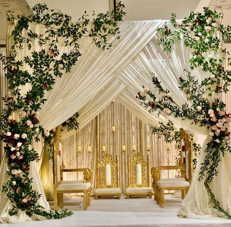 Simple yet elegant mandap setup with greens and simple florals Desi Wedding Decor, Indian Wedding Receptions, Indian Wedding Ceremony, Wedding Stage Decorations, Engagement Decorations, Wedding Mandap, Backdrop Decorations, Indian Weddings, Hindu Weddings