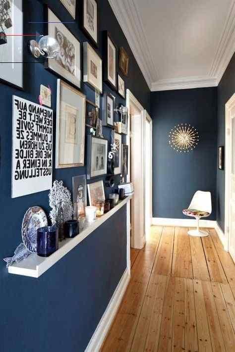 25 Genial Wandgestaltung Schmaler Flur Flur Genial Schmaler Wandgestaltung Wohnzimmerideenwandgestaltung In 2020 Home Corridor Design Interior
