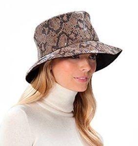 10 Best Waterproof Rain Hats for Women | Women's headwear, Hats for women,  Hat designs