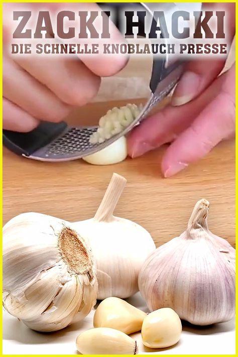 🧄 ZACKI HACKI 🧄 Gepresster Knoblauch mit nur einer Bewegung in Sekundenschnelle! ✔️ Einfach zu reinigen ✔️ Gepresster Knoblauch in Sekundenschnelle ✔️ Nur ein Teil – du brauchst nichts zusammenstecken ✔️ Spülmaschinenfest