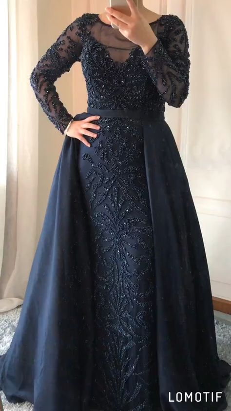 Luxury Muslim crystal beaded Evening Gown (10 Colors). Estimated Delivery Time: USA 3-9 Days (DHL) ; Worldwide 15-30 Days. Processing time 15-20 business days after payment . attention the train can not remove !! Occasion: Formal EveningSleeve Style: RegularBuilt-in Bra: YesNeckline: O-NeckWaistline: EmpireDecoration: