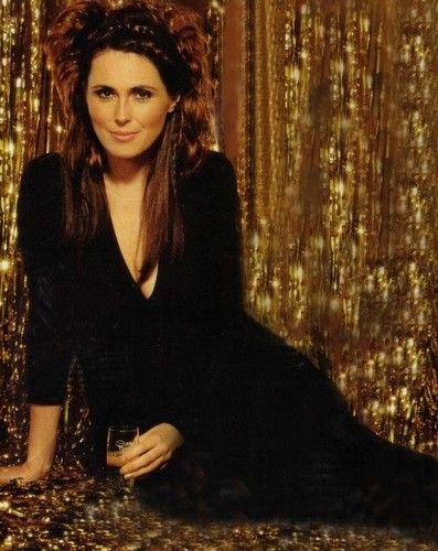 Sharon Den Adel Pretty Woman Beautiful Voice Gothic Beauty