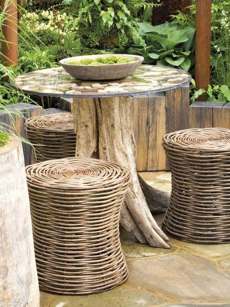Fabriquer Table en tronc d\'arbre | Décor de jardin rustique ...