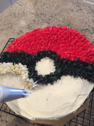 Easy Pokemon Pokeball Cake Pokemon Birthday Cake Pokeball Cake